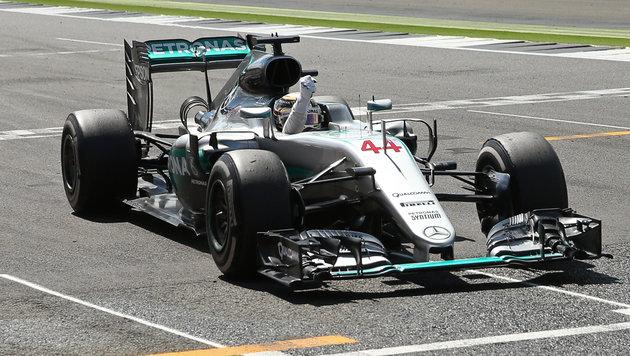 "Hamilton ""daheim"" souverän ++ Rosberg bestraft (Bild: AP)"