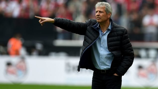 "Schweizer Coach Favre schimpft über EM: ""Horror"" (Bild: AFP)"