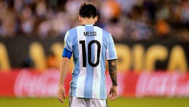 Verabschiedet sich Messi nach dem Nationalteam auch vom FC Barcelona? (Bild: APA/AFP/ALFREDO ESTRELLA)