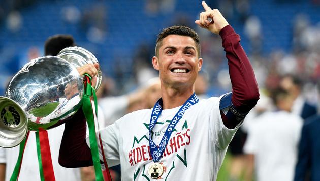 """EM-Held Ronaldo: """"Werde stärker zurückkommen!"""" (Bild: AP)"""