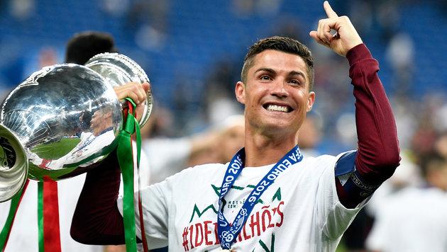 Das Ronaldo-Märchen: Unter Tränen zum EM-Titel (Bild: AP)