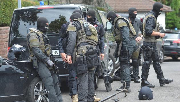 SEK-Einsatz in Deutschland (Bild: APA/dpa/Franziska Kraufmann)