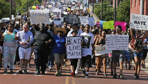 "Eine ""Black Lives Matter""-Demo in Oklahoma (Bild: AP)"