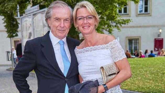 Applaus gab es auch von Friedrich Stickler und seiner Frau Berit (Bild: Starpix/Alexander TUMA)