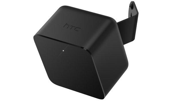Zwei diagonal im Raum platzierte Positionsmesser übertragen die Bewegungen in die virtuelle Welt. (Bild: HTC)