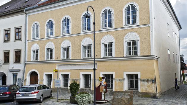 Das Geburtshaus von Adolf Hitler in Braunau (Bild: APA/MANFRED FESL)