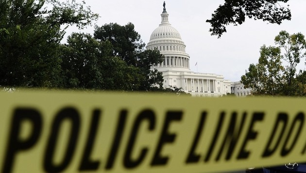 US-Kapitol wegen Bewaffnetem abgesperrt (Bild: JEWEL SAMAD/AFP/picturedesk.com)