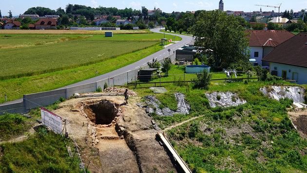 Die Ausgrabung eines römischen Kalkbrennofens in Enns (Bild: APA/OÖ Landesmuseum/Robert Koch)