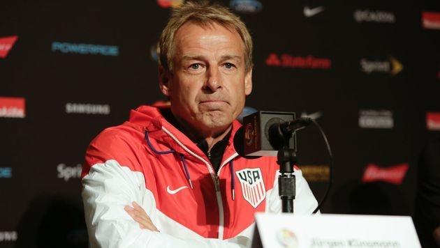 Wird Jürgen Klinsmann neuer England-Coach? (Bild: APA/AFP/JASON REDMOND)