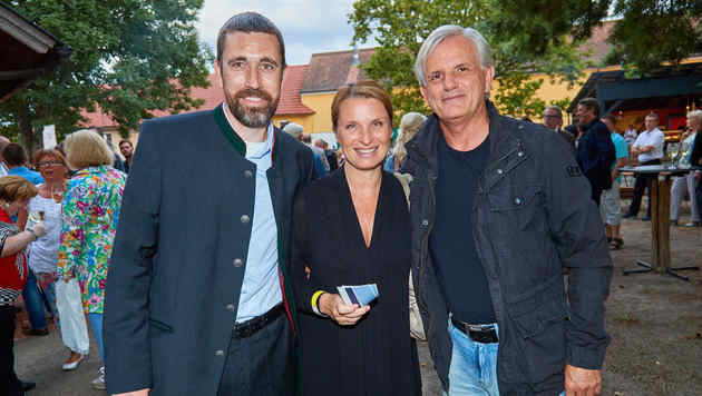 Sebastian Schulenburg, Barbara Stöckl mit Freund Thomas Prantner (Bild: Starpix/ Alexander TUMA)