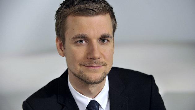 TV-Moderator Tobias Schlegl wird jetzt Sanitäter (Bild: ZDF)