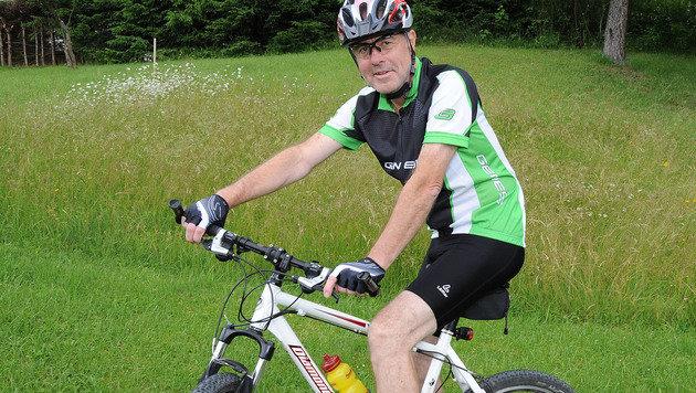 Erwin gönnt sich nun Auszeiten - zum Beispiel auf dem Mountainbike. (Bild: Franz Crepaz)