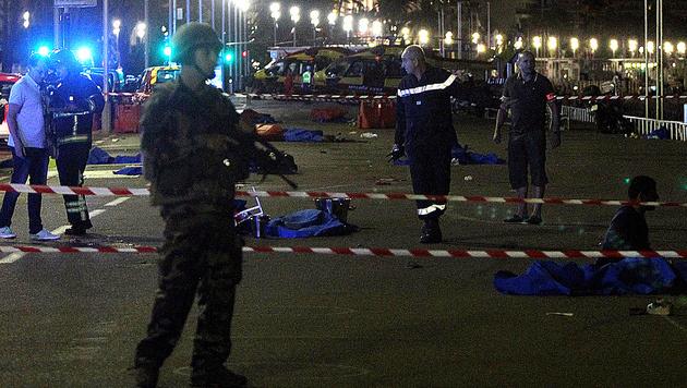 Mit Lastwagen durch Menschenmenge gerast - 84 Tote (Bild: AFP)