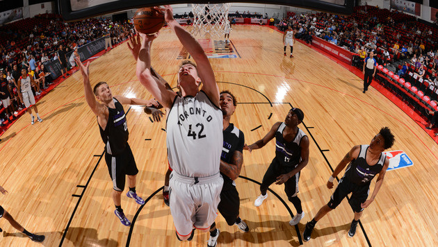 NBA-Summer-League: Pöltl siegt mit Raptors weiter (Bild: APA/AFP/NBAE/Getty Images/David Dow)