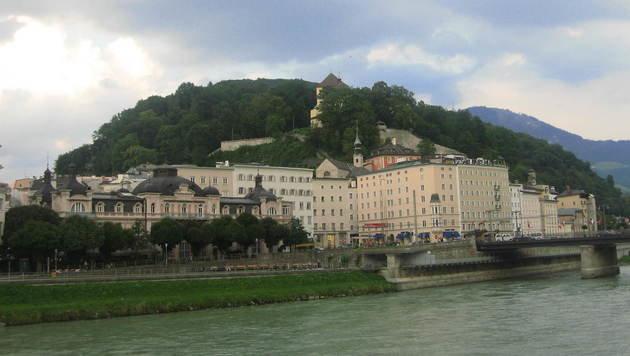 Am Kapuzinerberg in Salzburg wurde die Leiche von Manuel H. gefunden. (Bild: Wikimedia.org/Cezar Suceveanu)
