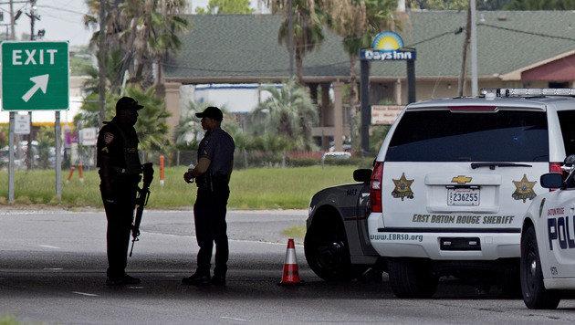 Schie�erei auf US-Highway: Drei Polizisten tot (Bild: ASSOCIATED PRESS)