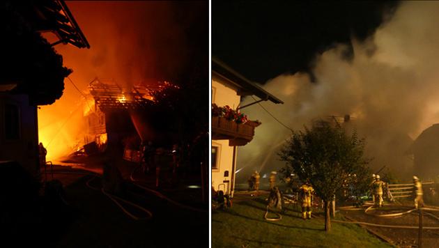 Das Bauernhaus brannte lichterloh. (Bild: FF Tamsweg)