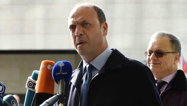 Italiens Innenminister Angelino Alfano (Bild: APA/AFP/John Thys)