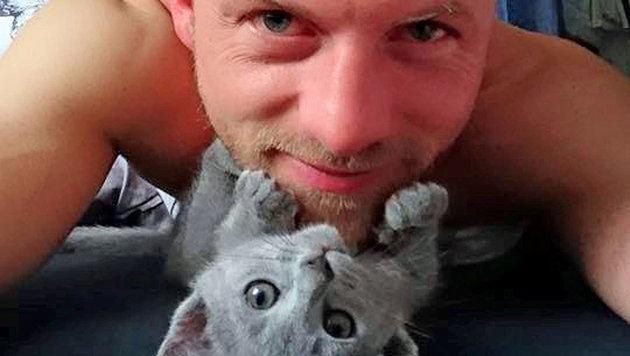 Willi Gabalier und sein Katerchen (Bild: Facebook.com/Willi-Gabalier)