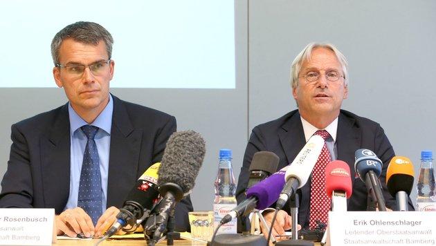 Staatsanwalt Erik Ohlenschlager (rechts) (Bild: APA/AFP/dpa/KARL-JOSEF HILDENBRAND)