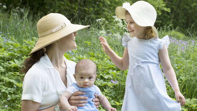 Kronprinzessin Victoria und ihre Kinder (Bild: Foto Kate Gabor Kungahuset.se /Photo Kate Gabor The Royal Court,)