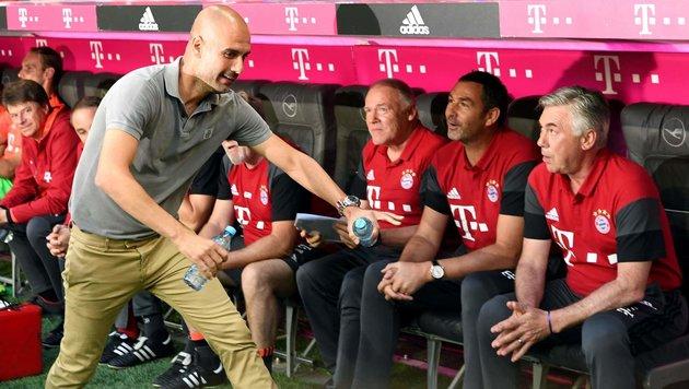 Bayern jubelt bei Guardiolas Rückkehr nach München (Bild: APA/AFP/dpa/SVEN HOPPE)