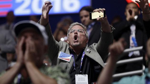 Die Rede von Cruz wurde von Buhrufen und eindeutigen Gesten begleitet. (Bild: AP)