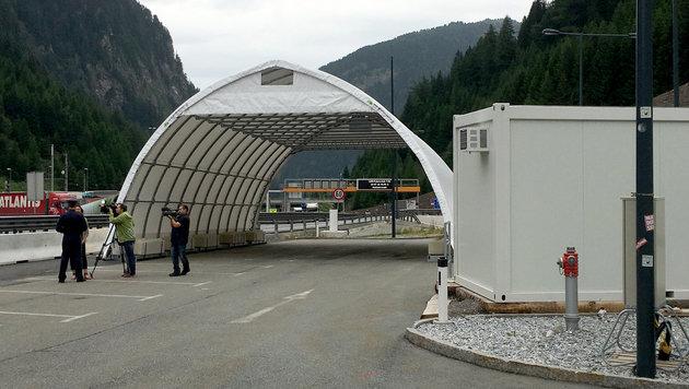 Hier sollen Lkw-Kontrollen durchgeführt werden. (Bild: APA/MARKUS WIMMER)
