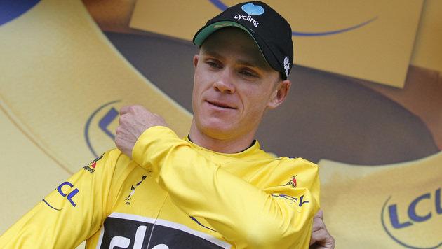 Froome verteidigt trotz Sturzes Gelbes Trikot (Bild: The Associated Press)