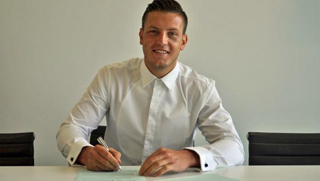 Wimmer verlängert bei Tottenham um fünf Jahre (Bild: Twitter.com)