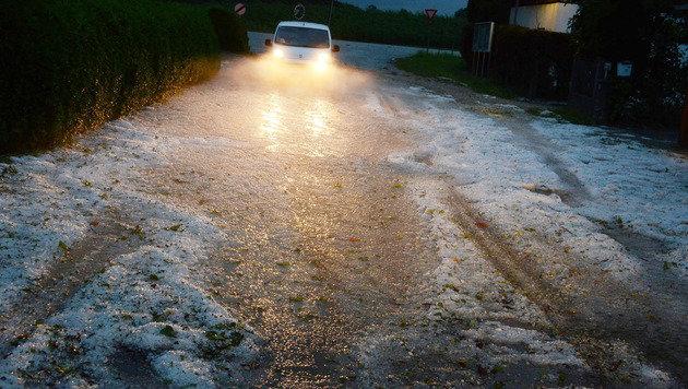 Unwetter in Oberösterreich fordert Todesopfer (Bild: APA/WOLFGANG SPITZBART)