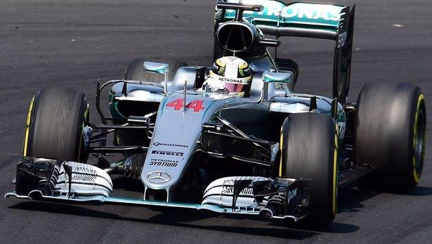 Lewis Hamilton im ersten Mexiko-Training voran (Bild: APA/AFP/ATTILA KISBENEDEK)
