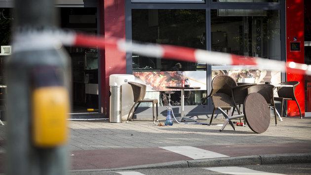 Blutbad mit Messer: Schwangere tot, fünf Verletzte (Bild: APA/dpa/Christoph Schmidt)