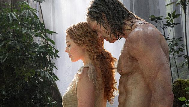 """Margot Robbie und Alexander Skarsgard in """"Legend of Tarzan"""" (Bild: Warner Bros.)"""