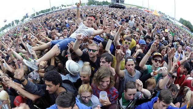 Heimische Musikfestivals wie das kommende Frequency in St. Pölten stehen unter massiver Bewachung. (Bild: APA/HERBERT P. OCZERET)
