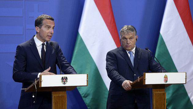 """Kern und Orban wollen """"ein neues Kapitel"""" aufschlagen, doch noch sind viele Streitpunkte offen. (Bild: APA/BKA/ANDY WENZEL)"""