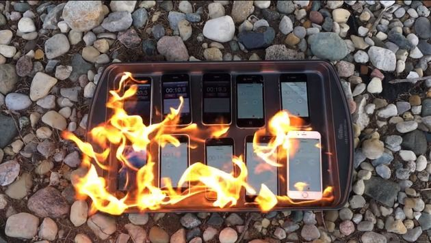 iPhones im Inferno (Bild: YouTube)