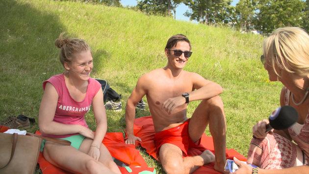 """""""Top  oder Flop? Oben ohne auf der Donauinsel (Bild: Krone TV)"""""""