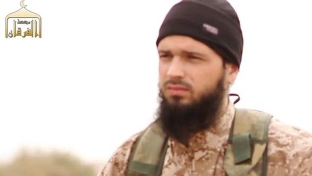 Der französische Dschihadist Maxime Hauchard in einem IS-Hinrichtungsvideo (Bild: APA/AFP/-)