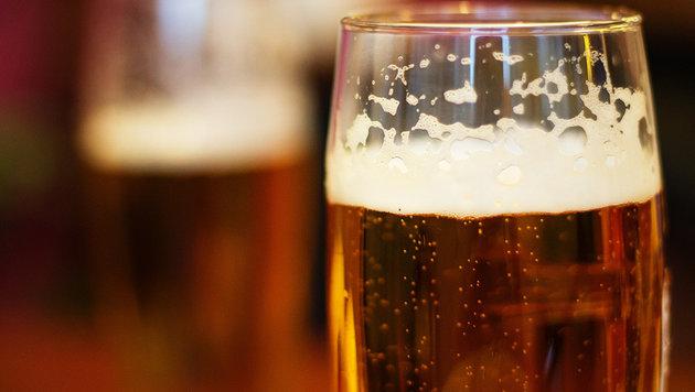 Belgische Forscher lassen aus Urin Bier brauen (Bild: thinkstockphotos.de (Symbolbild))