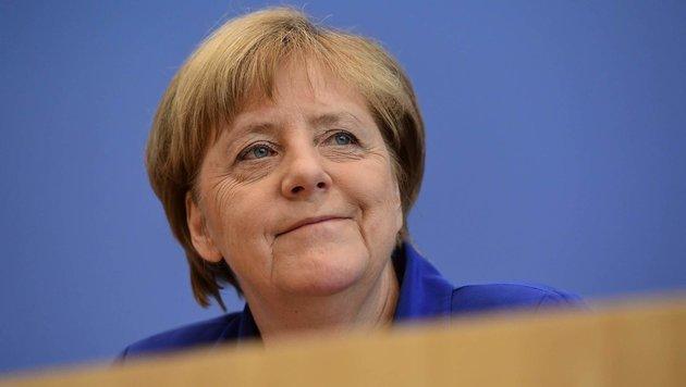 Angela Merkel kandidiert zum 4. Mal als Kanzlerin (Bild: APA/AFP/Tobias Schwarz)