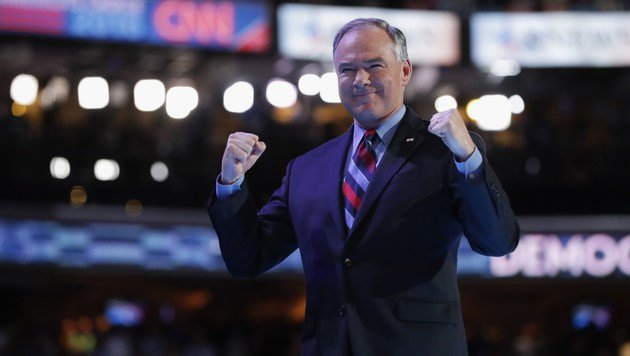 Tim Kaine zieht mit Clinton in den Ring. (Bild: APA/AFP/GETTY IMAGES/CHIP SOMODEVILLA)