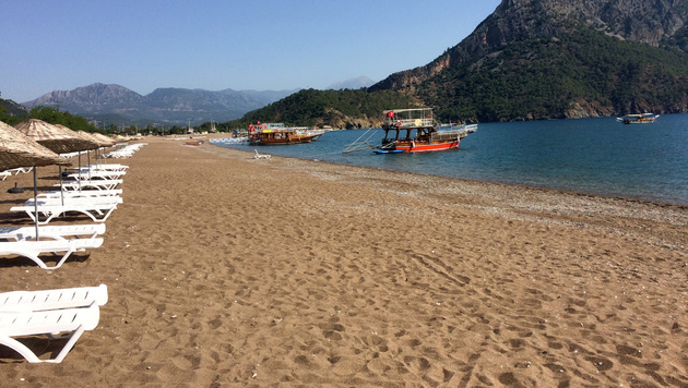 Terror und Spannungen mit Russland: In der Türkei steckt der Tourismus in einer schweren Krise. (Bild: AP)