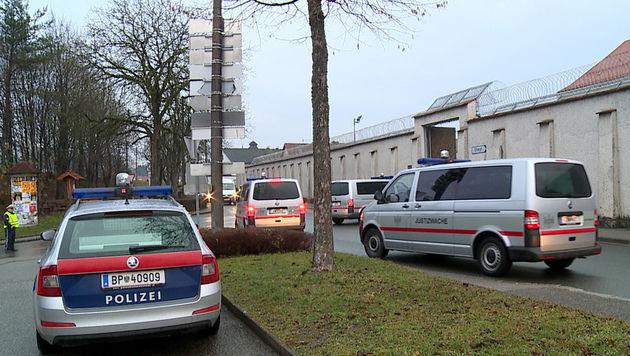 Drei Häftlinge mit Überdosis ins Spital gebracht (Bild: APA/FOTOKERSCHI.AT/KLAUS MADER (Symbolbild))