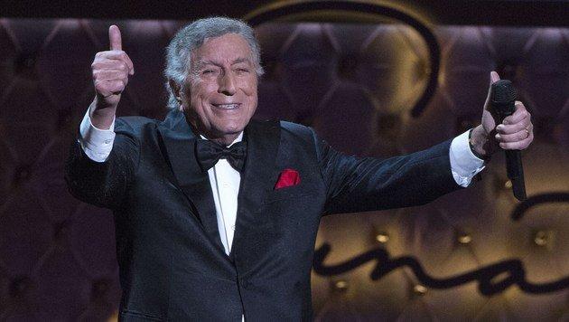 Jazz-Legende Tony Bennett feiert 90. Geburtstag (Bild: VALERIE MACON/AFP/picturedesk.com)