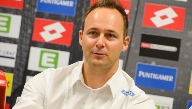 Neo-Manager Tebbich bei Sturm Graz präsentiert (Bild: GEPA pictures/ Guenter Floeck)