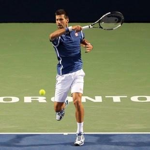 Novak Djokovic m�helos im Toronto-Viertelfinale (Bild: Getty Images)