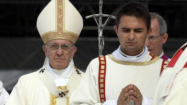 Bis zu 2,5 Millionen feierten Messe mit dem Papst (Bild: AP)