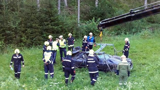 Zwei Jugendliche bei Autounfall getötet (Bild: APA/FF ST. AEGYD/LM STEFAN MEISSINGER)