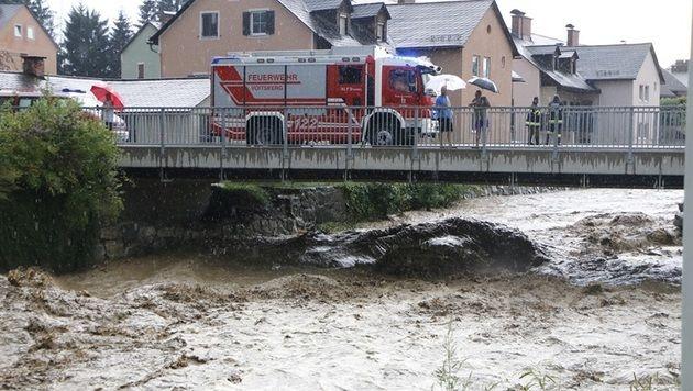 In Voitsberg standen die Feuerwehren im Dauereinsatz. (Bild: FF Voitsberg/Ninaus)